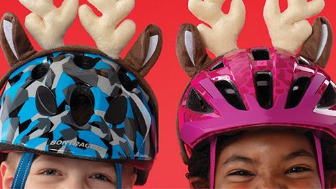 Kinderen met Bontrager fietshelmen aan