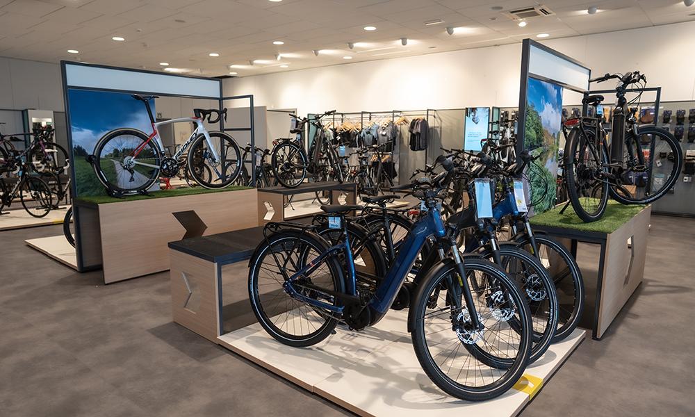 Middenmotor van een elektrische fiets van het merk Bosch (close-up)