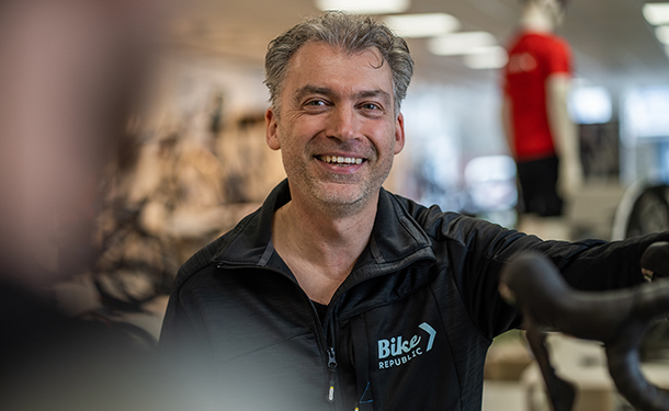 Bike Republic Roeselare store manager Bart Cappan