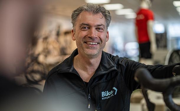 Bike Republic Roeselare store manager Bart Cappan
